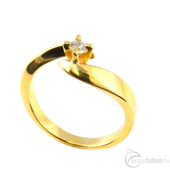 Brillköves aranygyűrű 235