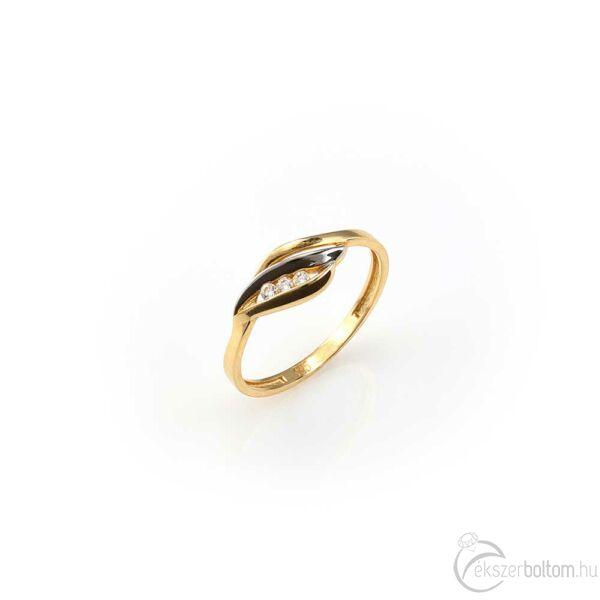 Sárga arany gyűrű láng mintával és három kővel