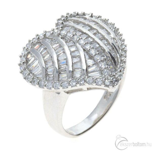 Ródiumozott, sokköves ezüst szív alakú gyűrű fehér cirkónia kövekkel