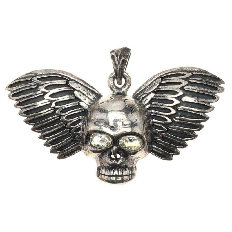 Antikolt ezüst szárnyas koponya medál fehér cirkónia szemmel