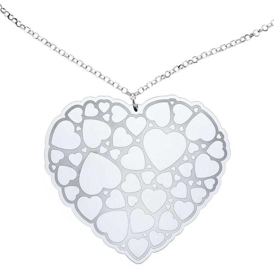 CsupaSzív hatalmas ezüst lemez medál gyöngyanker lánccal és szivecskés díszítéssel
