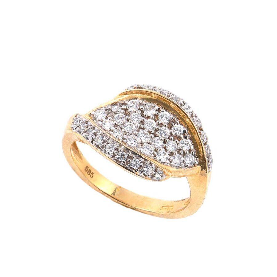 Sárga 14 karátos arany női gyűrű kiszélesedő, kövekkel borított fejjel (55-ös méret)
