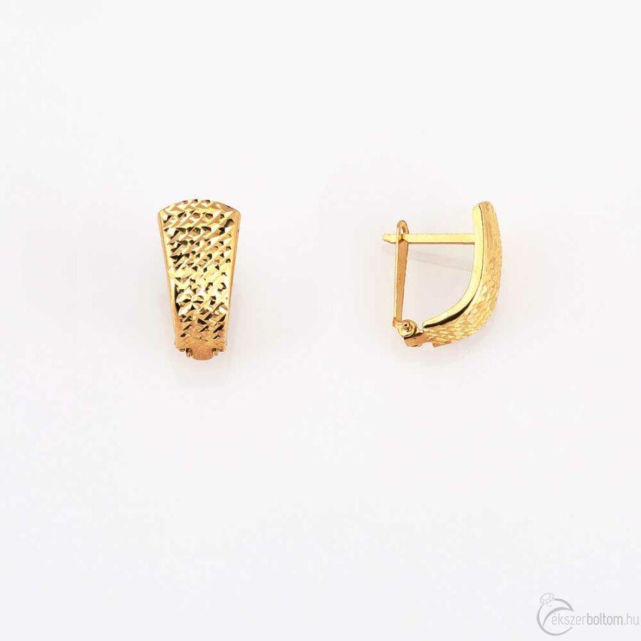 Trapéz alakú sárga arany fülbevaló