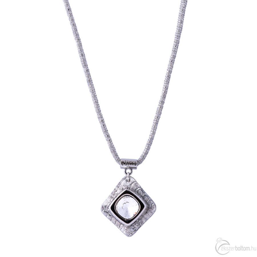 Cango & Rinaldi Cube ezüst bőrös, ezüstszín fémdíszes és láncos, kristály köves nyaklánc